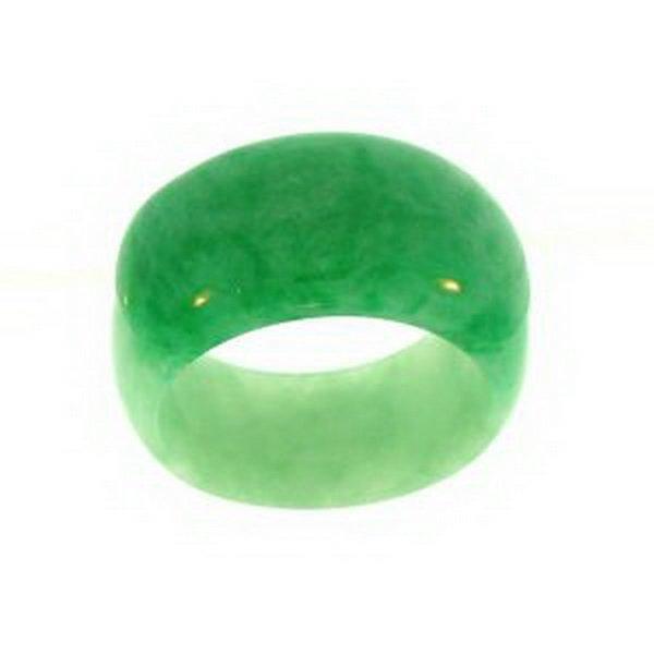 14K: NATURAL GREEN JADE RING