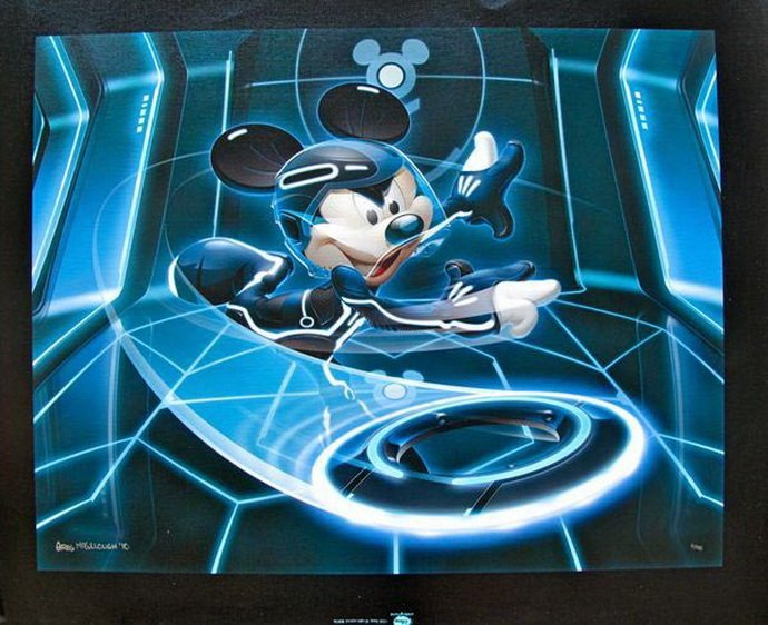 13T - DISNEY MICKEY MOUSE FLYNN TRON LEGACY HAND SIGNED