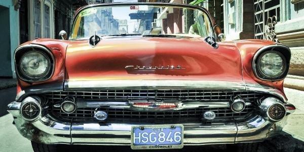 MICHAEL BARBOUR -VINTAGE CAR I, HAVANA, CUBA - Giclée