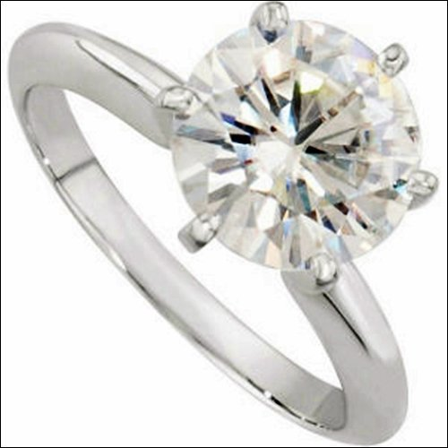 CREATED MOISSANITE SOLITAIRE ENGAGEMENT RING