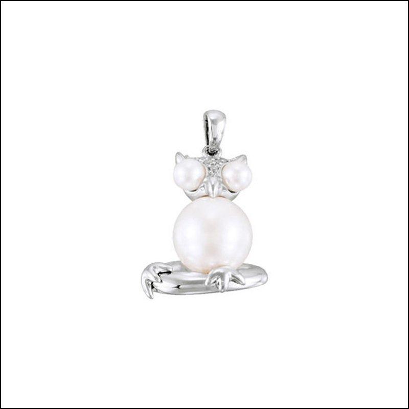 FRESHWATER CULTURED PEARL OWL PENDANT