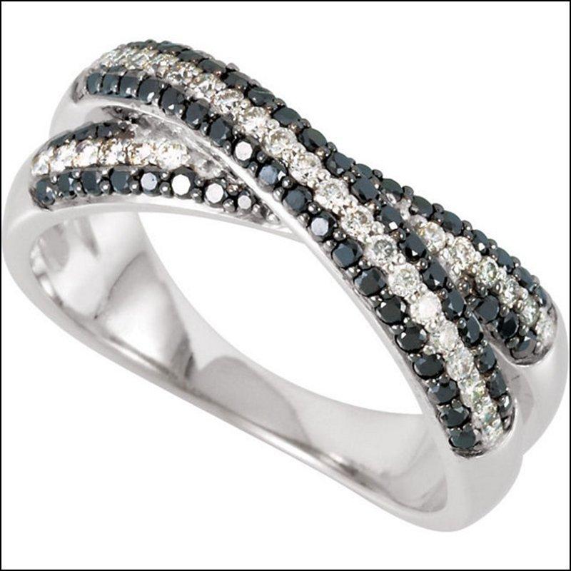 BLACK & WHITE DIAMOND ANNIVERSARY BAND