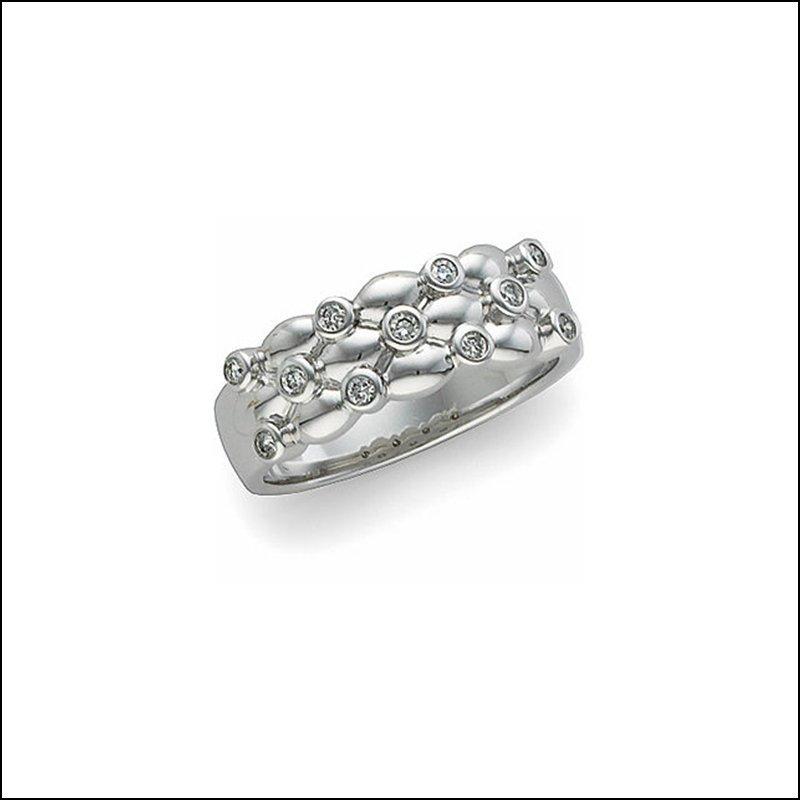 1/5 CT TW DIAMOND ANNIVERSARY BAND