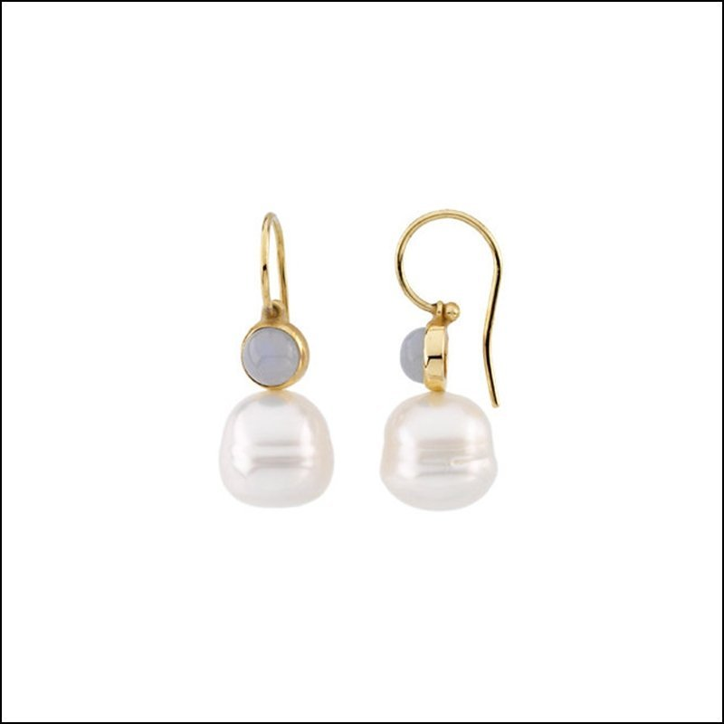 SOUTH SEA CULTURED CIRCLE PEARL & GENUINE CHALCEDONY