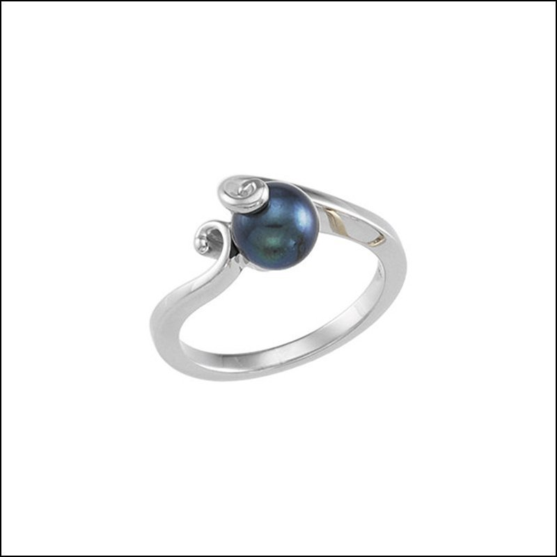 BLACK CULTURED PEARL RING
