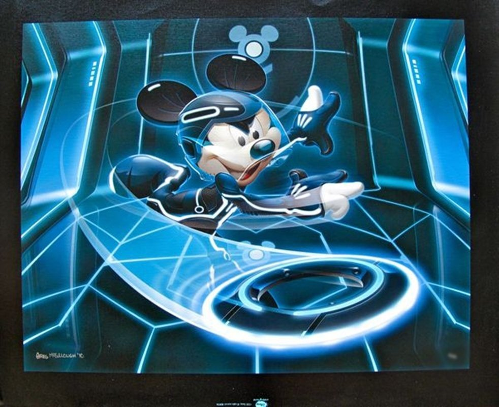 DISNEY MICKEY MOUSE FLYNN TRON LEGACY Hand Signed