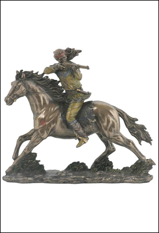 APACHE ON HORSEBACK SHOOTING RIFLE - BRONZE