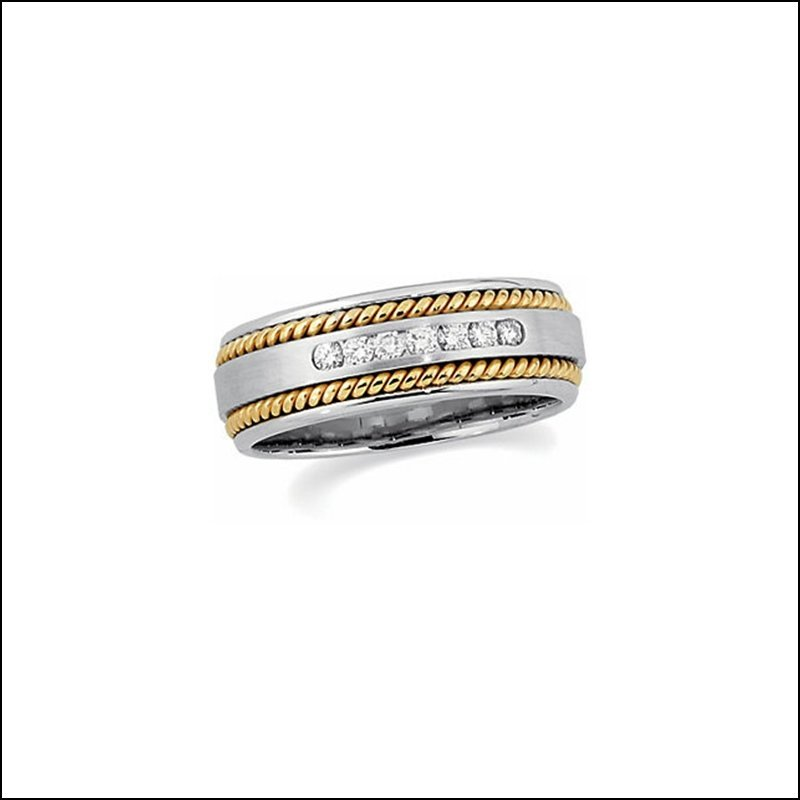 1/4 CT TW HAND-TWISTED 7-STONE COMFORT-FIT DIAMOND BAND