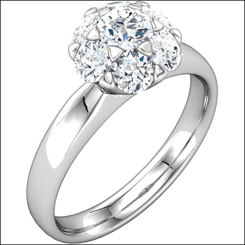 CLUSTER-STYLE ENGAGEMENT RING