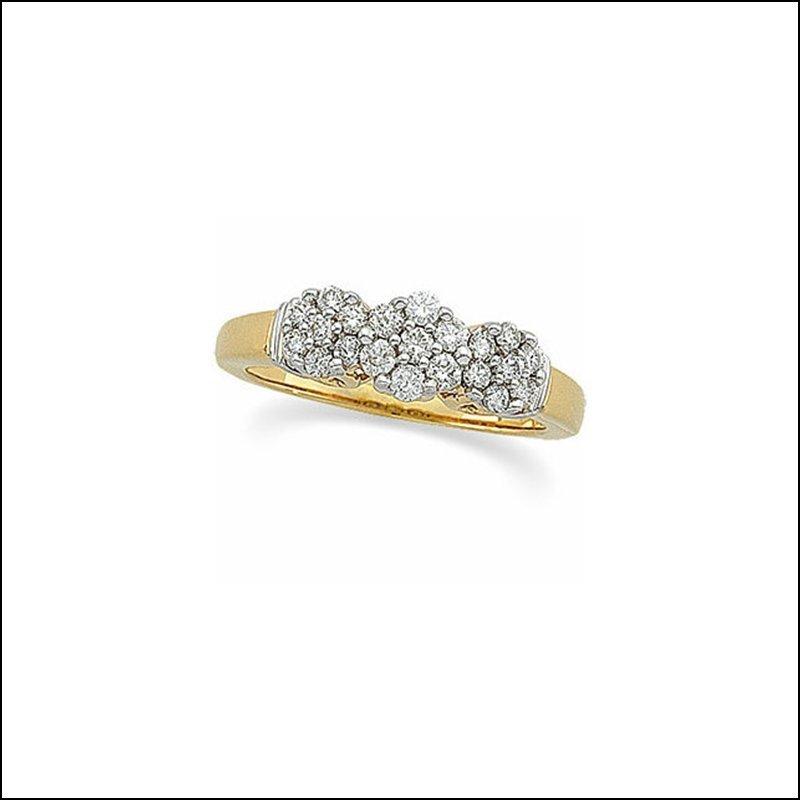 1/2 CT TW DIAMOND ANNIVERSARY RING