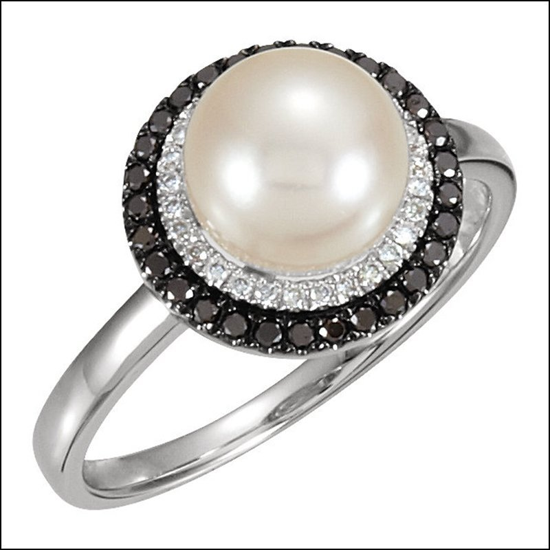 PEARL & DIAMOND HALO-STYLED RING