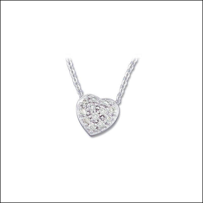 1/6 CT TW DIAMOND HEART NECKLACE