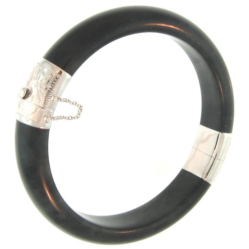 NATURAL BLACK JADE BANGLE