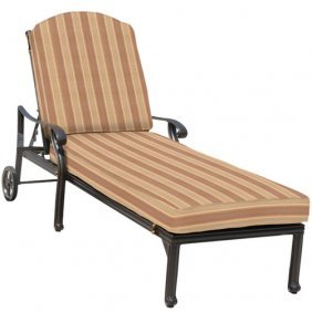 Brentwood Chaise