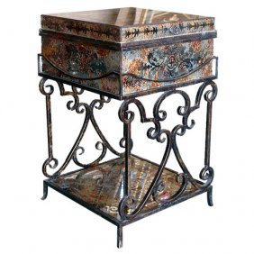 Palermo Trunk Table