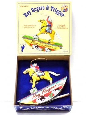ROY ROGERS & TRIGGER TIN WIND UP TOY & PINBALL GAME