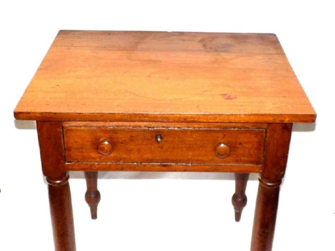 PRIMITIVE COLONIAL COUNTRY ONE DRAWER TABLE - 2