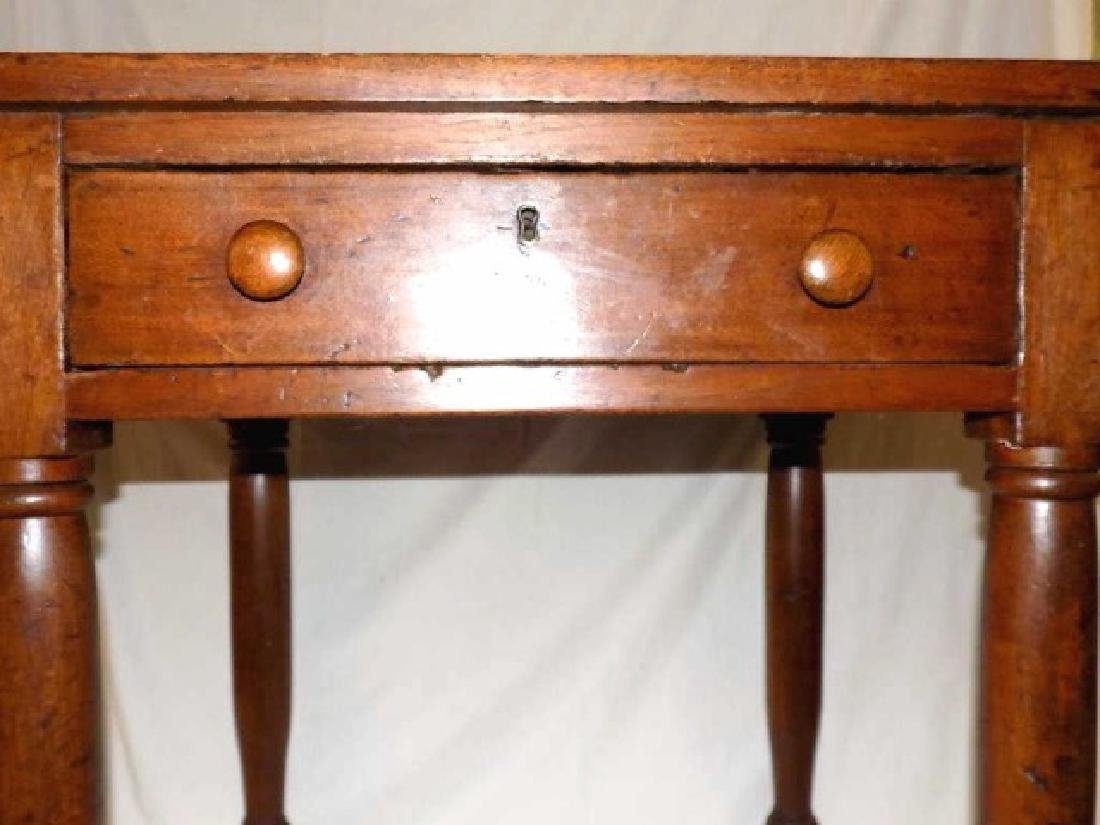 PRIMITIVE COLONIAL COUNTRY ONE DRAWER TABLE - 3