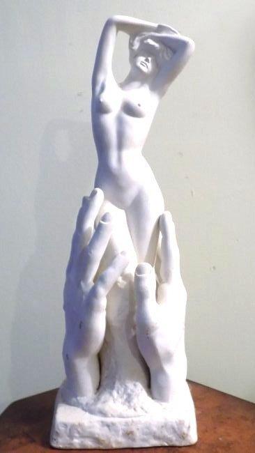 MODERNIST NUDE WOMAN CERAMIC SCULPTURE