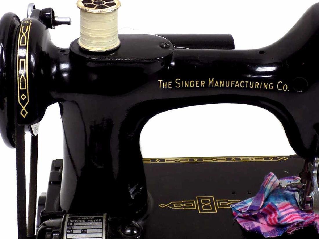 SINGER FEATHERWEIGHT SEWING MACHINE No. 221K - 2