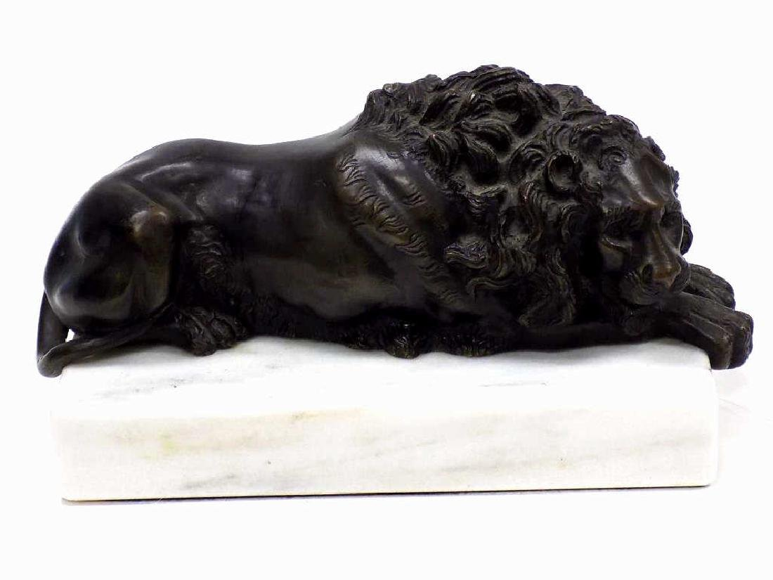 ANTIQUE RECUMBANT LION SCULPTURE ON MARBLE