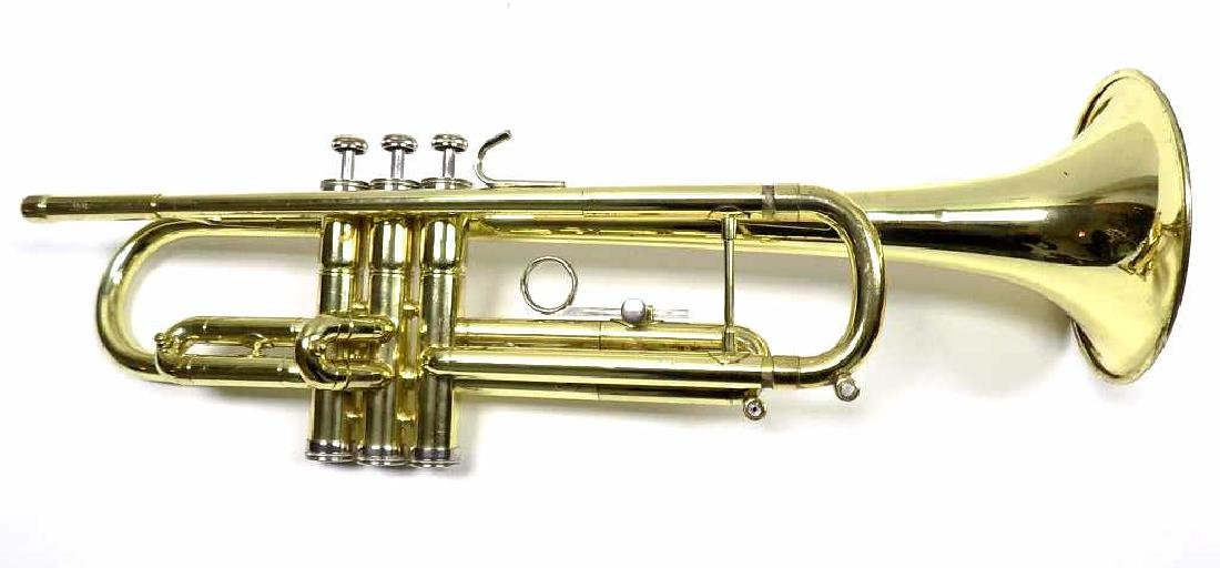 DIRECTOR BRASS TRUMPET MUSICAL INSTRUMENT