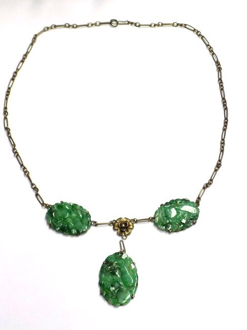 CHINESE GREEN JADEITE STERLING SILVER NECKLACE