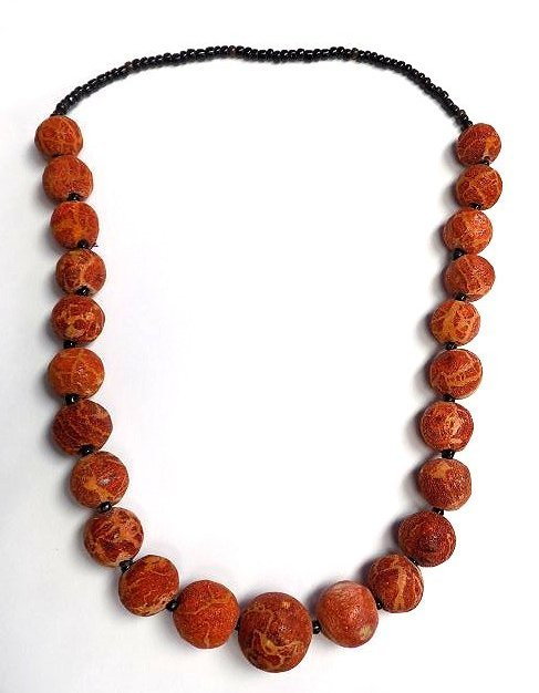 NATURAL RED CORAL GRADUATED BEAD NECKLACE