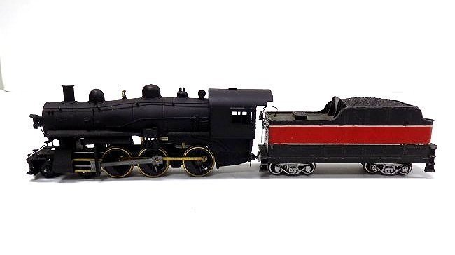 VARNEY HO SCALE RED STEEL LOCOMOTIVE TRAIN & CAR