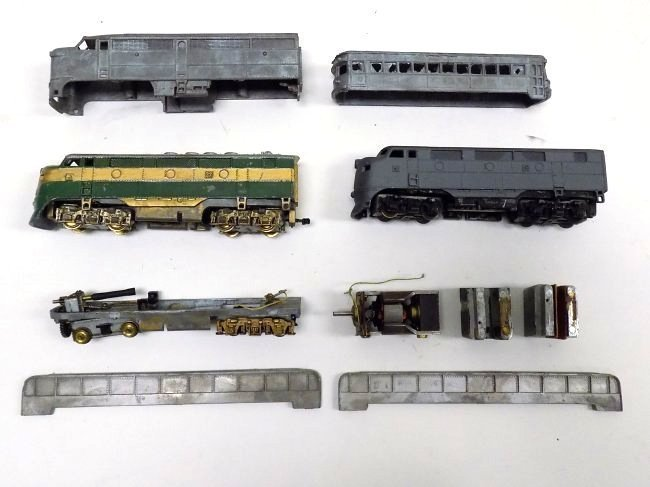 VARNEY HO SCALE TRAIN PARTS SET
