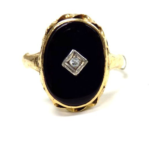 VICTORIAN 14K GOLD & BLACK ONYX RETICULATED RING