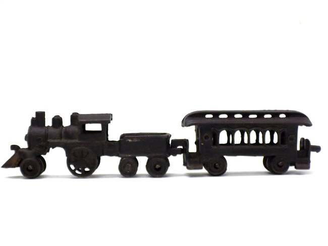 CAST IRON TOY TRAIN LOCOMOTIVE & CAR