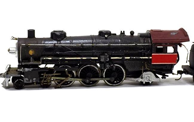 VARNEY  HO SCALE LOCOMOTIVE TRAIN W/ COAL CARS - 2