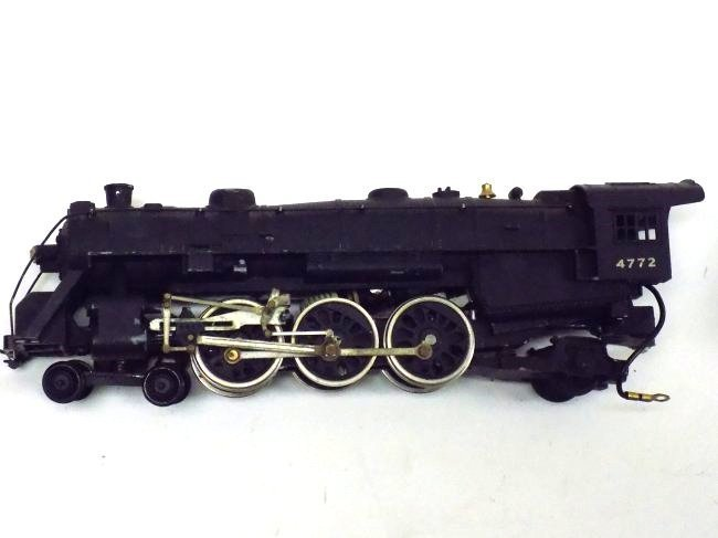 MANTUA PACIFIC HO STEEL TRAIN LOCOMOTIVE W/ CARS - 3