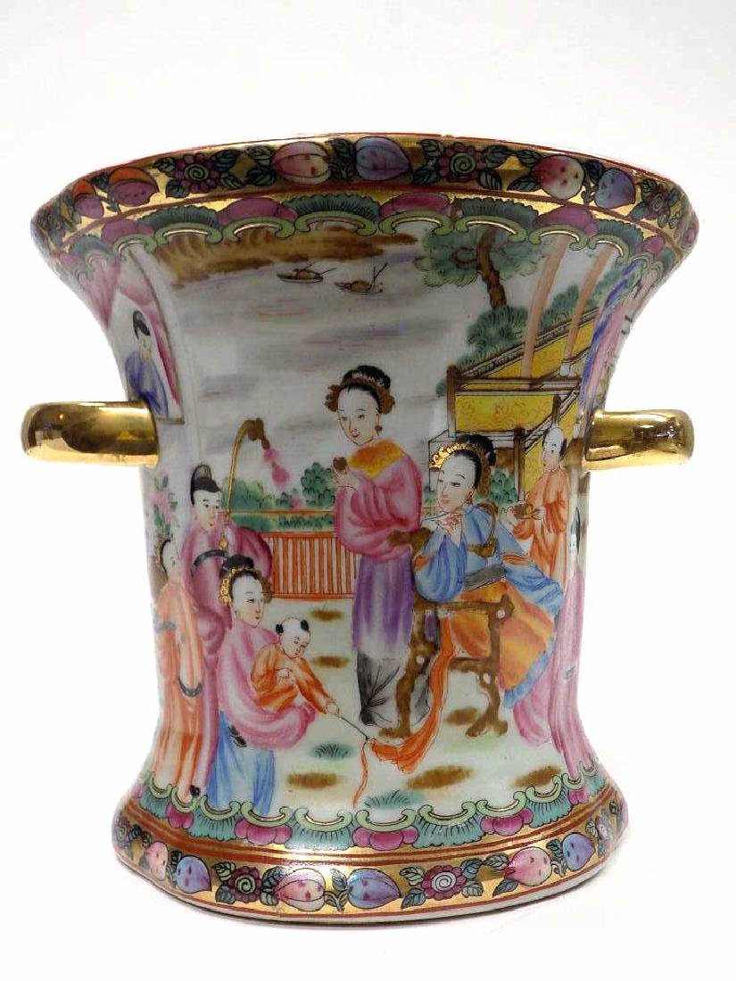 CHINESE FAMILLE ROSE URN - 5