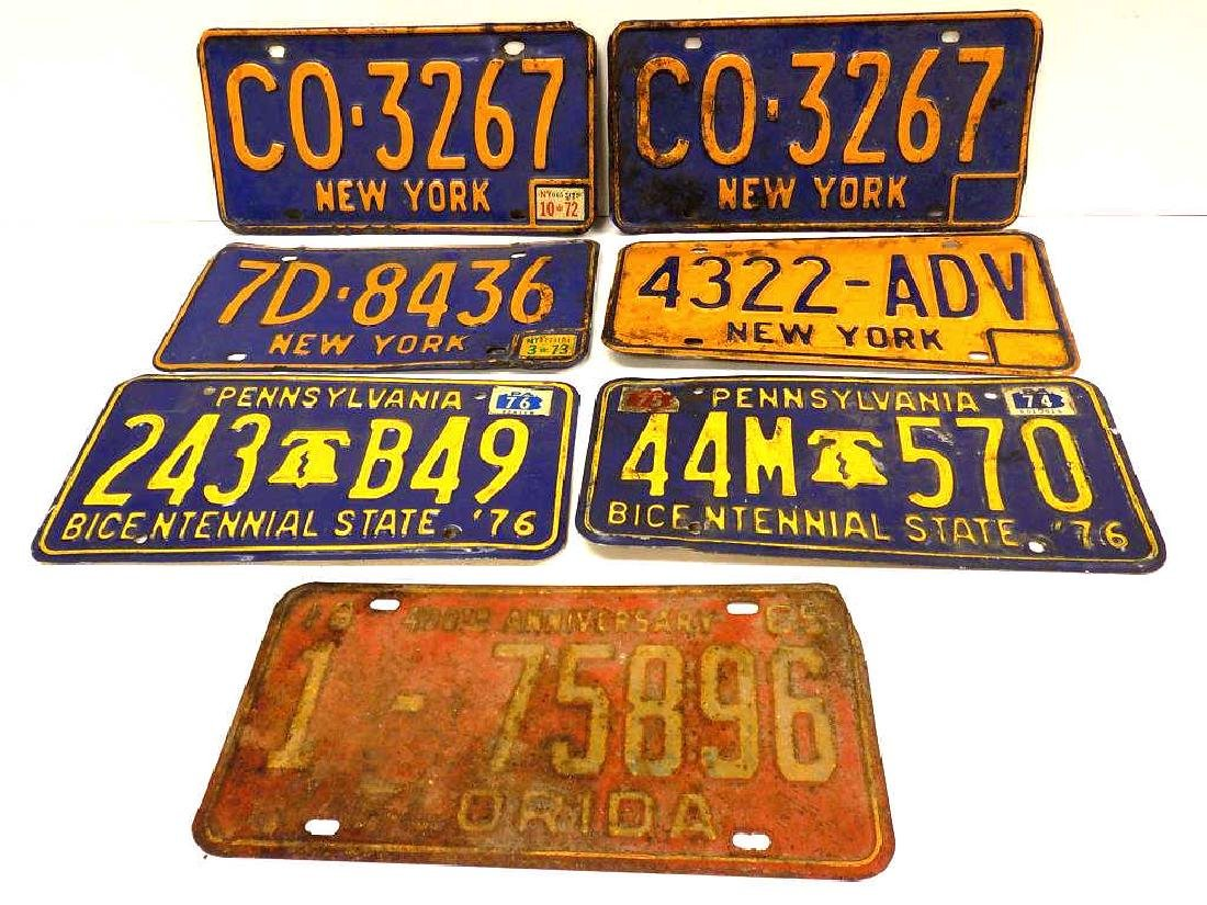 VINTAGE AUTOMOBILE LICENSE PLATES GROUP
