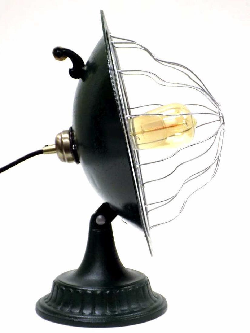 INDUSTRIAL STREAMLINE CAST IRON TABLE LAMP