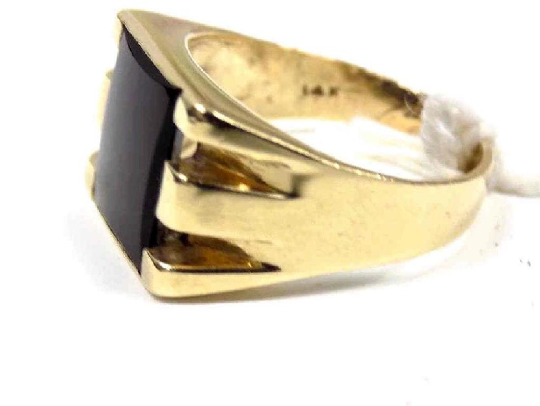 DECO 14K YELLOW GOLD & ONYX MAN'S RING - 2