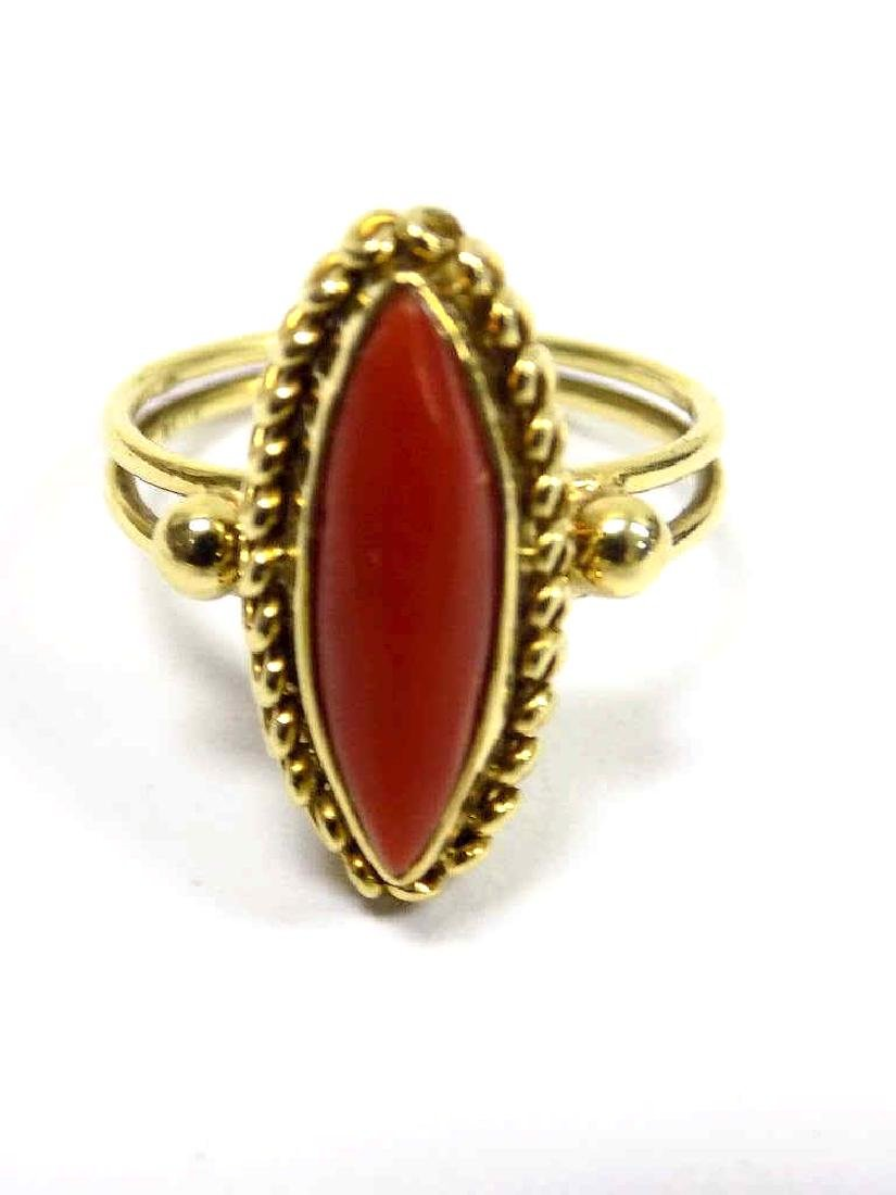 18K YELLOW GOLD & CORAL ART DECO RING