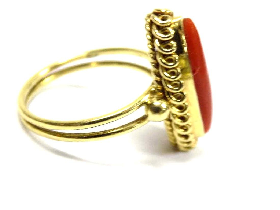 18K YELLOW GOLD & CORAL ART DECO RING - 2