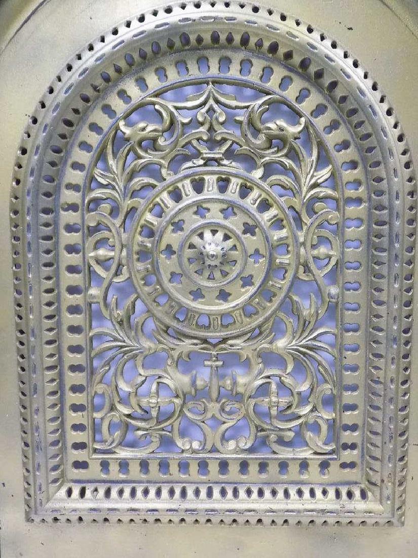 FANCY VICTORIAN IRON FIREPLACE DOOR NEW YORK - 2