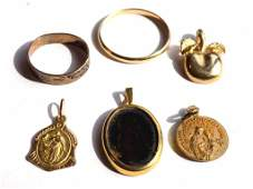 ASSORTED GOLD JEWELRY LOT
