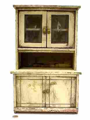 PRIMITIVE MINIATURE COUNTRY CUPBOARD WHITE PAINT