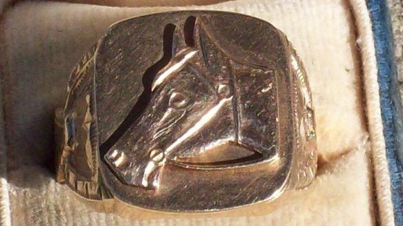 2: SEPTER PALIN YELLOW GOLD HORSE RING