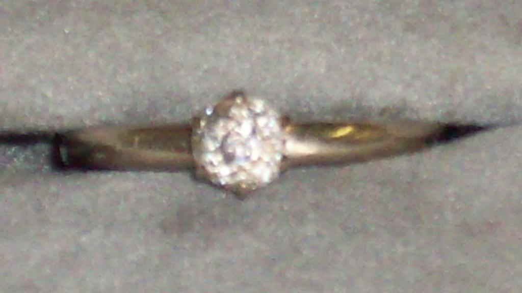 4: VINTAGE WHITE GOLD DIAMOND RING