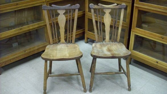 89A: LEOPOLD STICKLEY COUNTRY  WINDSOR CHAIRS