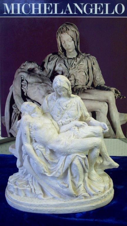 18X: MICHELANGELO - MARY & JESUS SCULPTURE