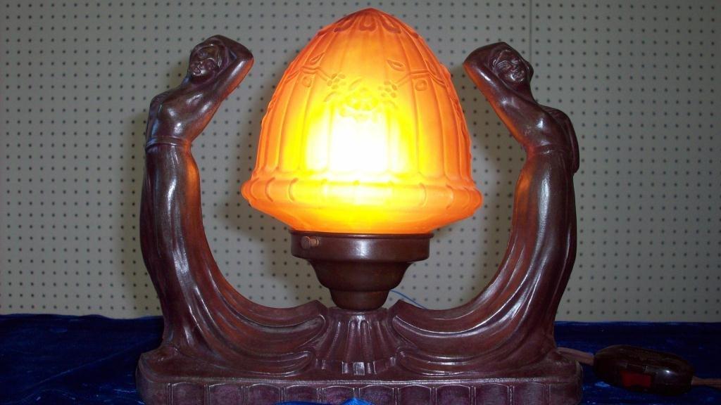 62X: ART NOUVEAU DUAL NUDE FIGURAL LAMP