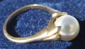10K YELLOW GOLD NATURAL PEARL RING