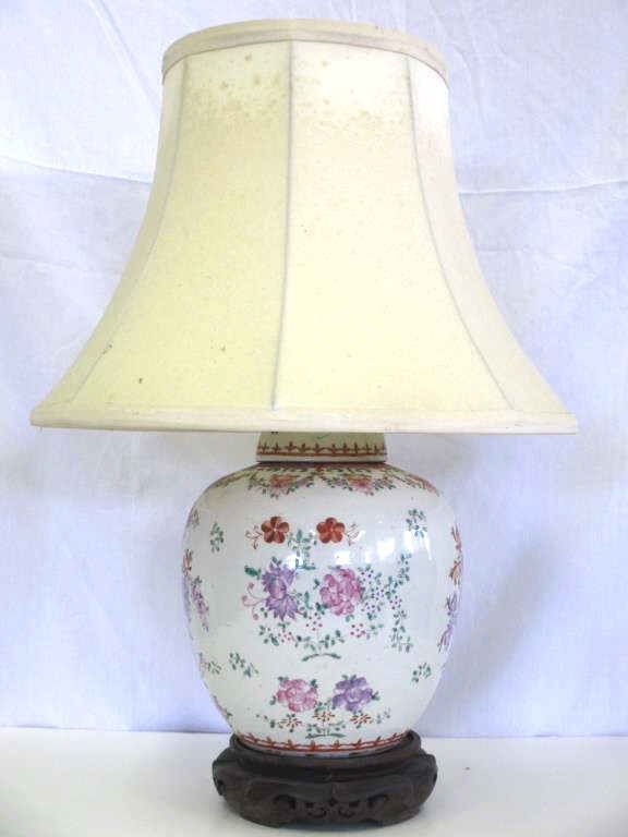 CHINESE QING DYNASTY FLORAL JAR LAMP